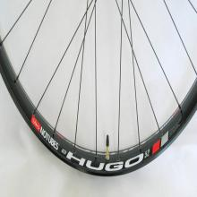 images/Wheels/Hugo/Stans_ZTR_Hugo_Rims_Phil_Wood_Hubs07.jpg